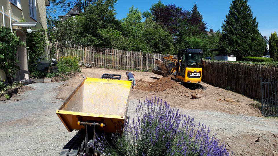 Die Neuanlage des Romantikgartens während der Bauphase
