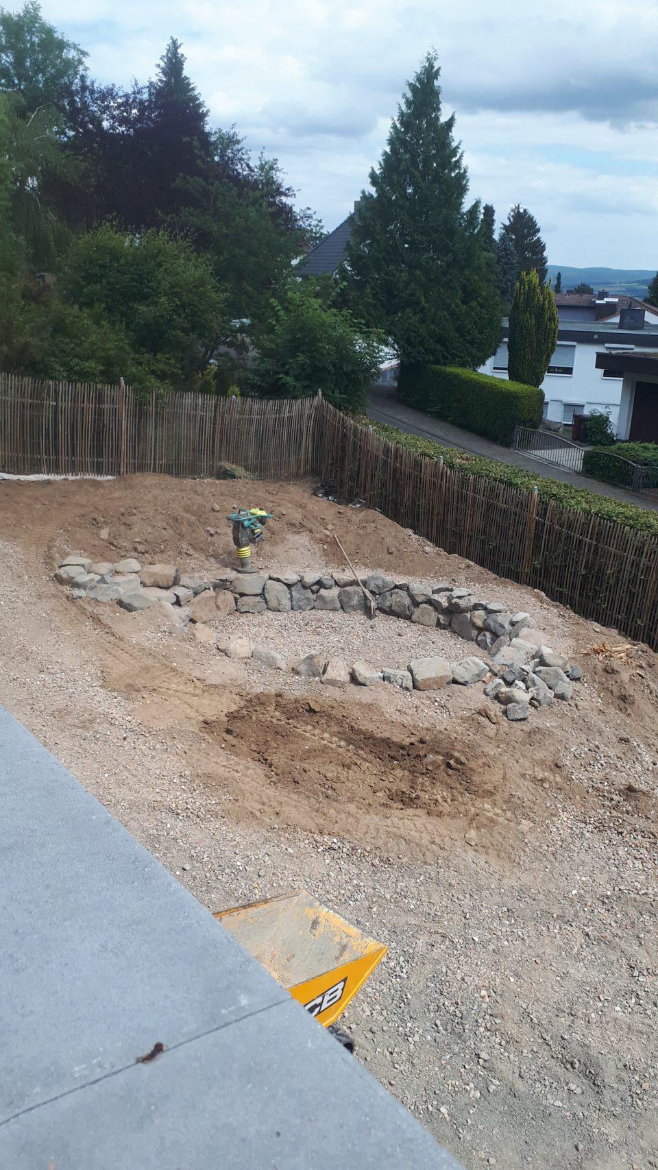 Der Senkgarten während der Bauphase