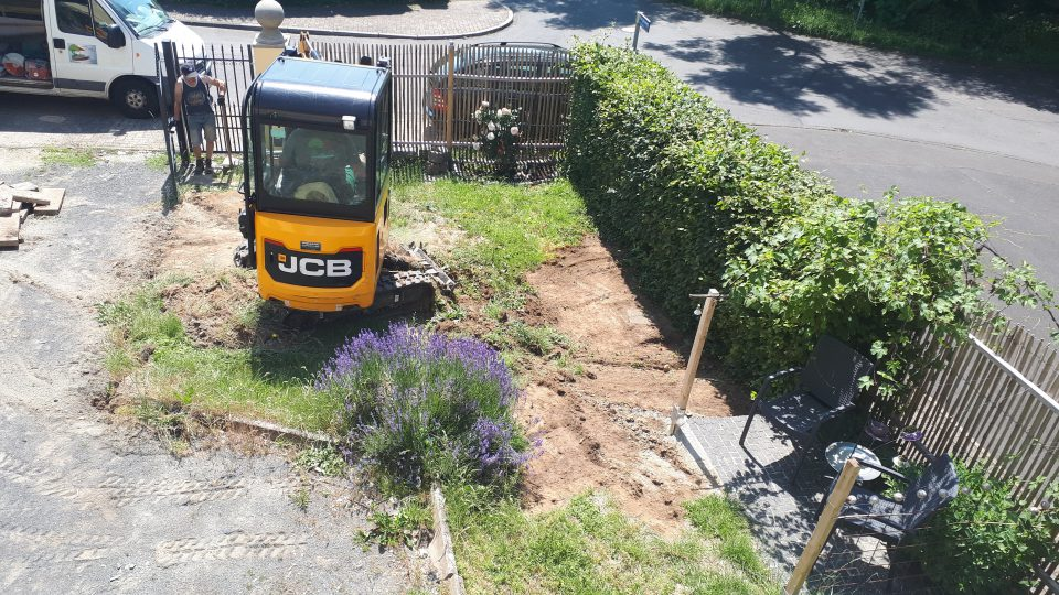 Die Bauarbeiten im geplanten Romantikgarten haben begonnen