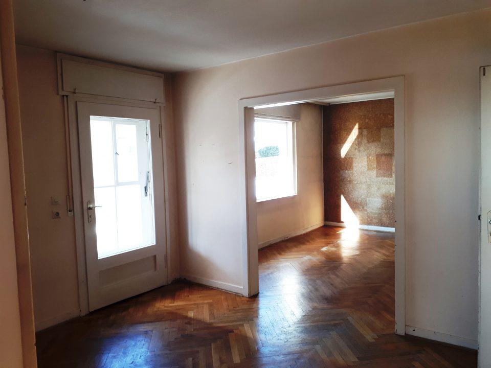 Das Herz des Hauses vor der Sanierung, das Esszimmer.