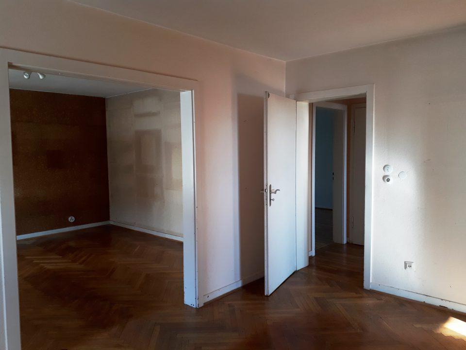Das Esszimmer als Herz des Hauses vor der Sanierung.
