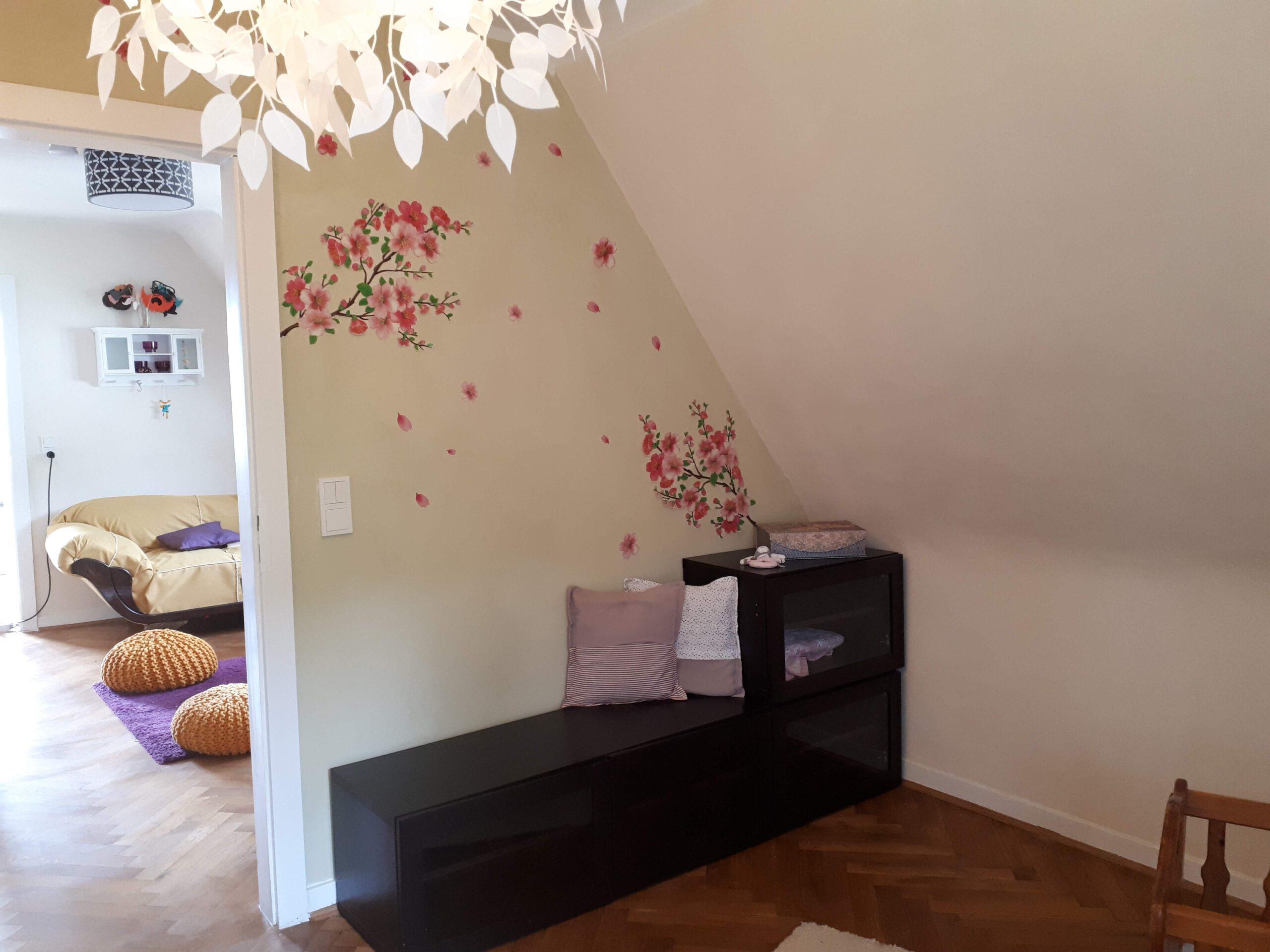 Das kleinere Kinderzimmer ebenfalls in zeitlosen Farben.
