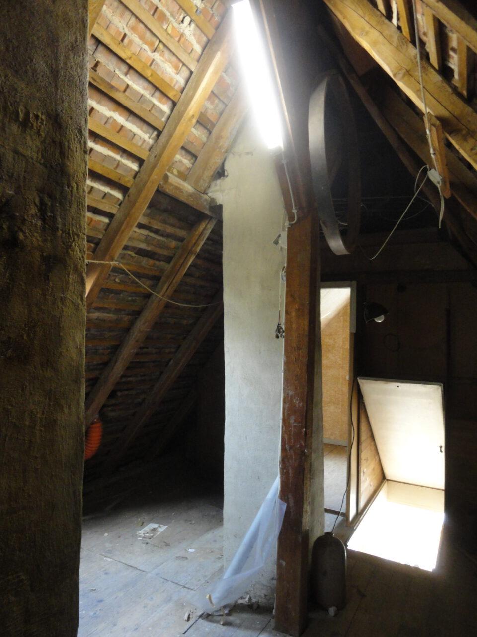 Das Dachgeschoss war zuvor nur über eine Luke zu erreichen.