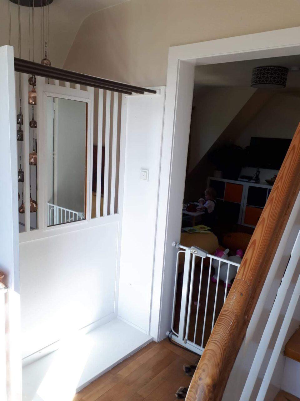 Der Treppenabsatz im Obergeschoss nach der Sanierung.