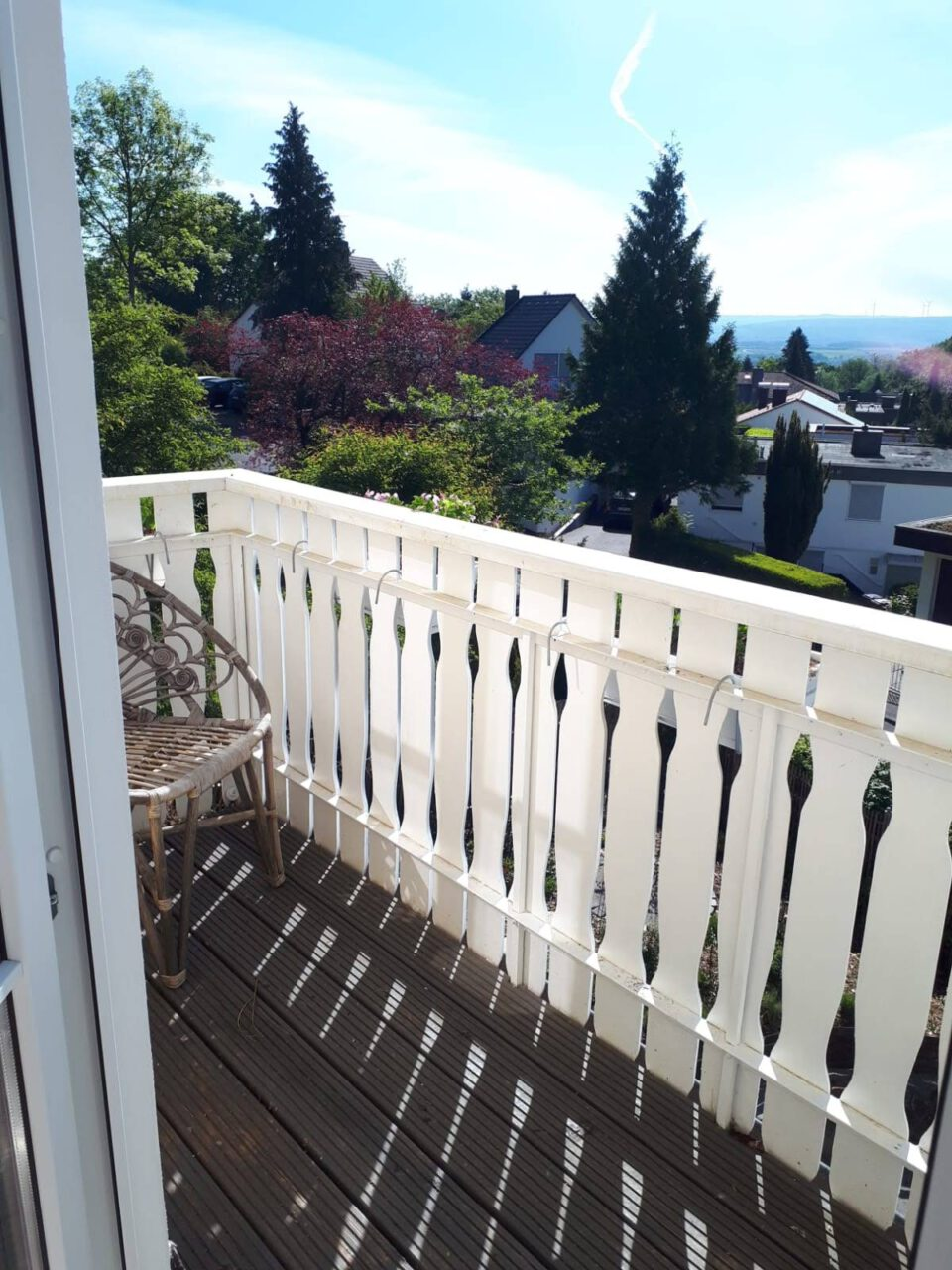 Der Balkon in voller Südlage, ist im Frühjahr herrlich.