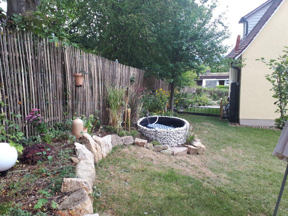 Der Gartenwhirlpool wurde im Sommer 2020 selbst gebaut