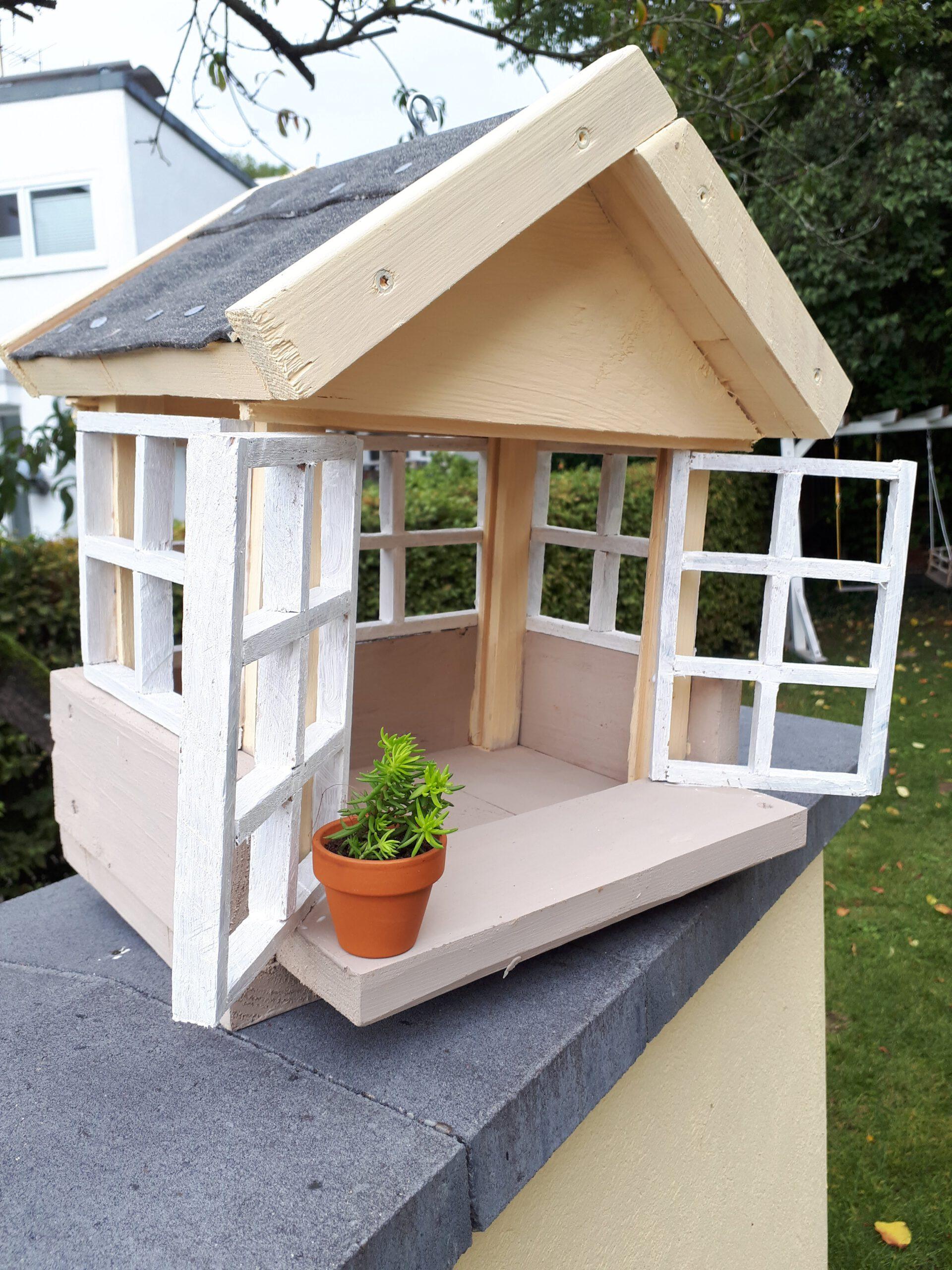 Das selbst gebaute Vogelhaus