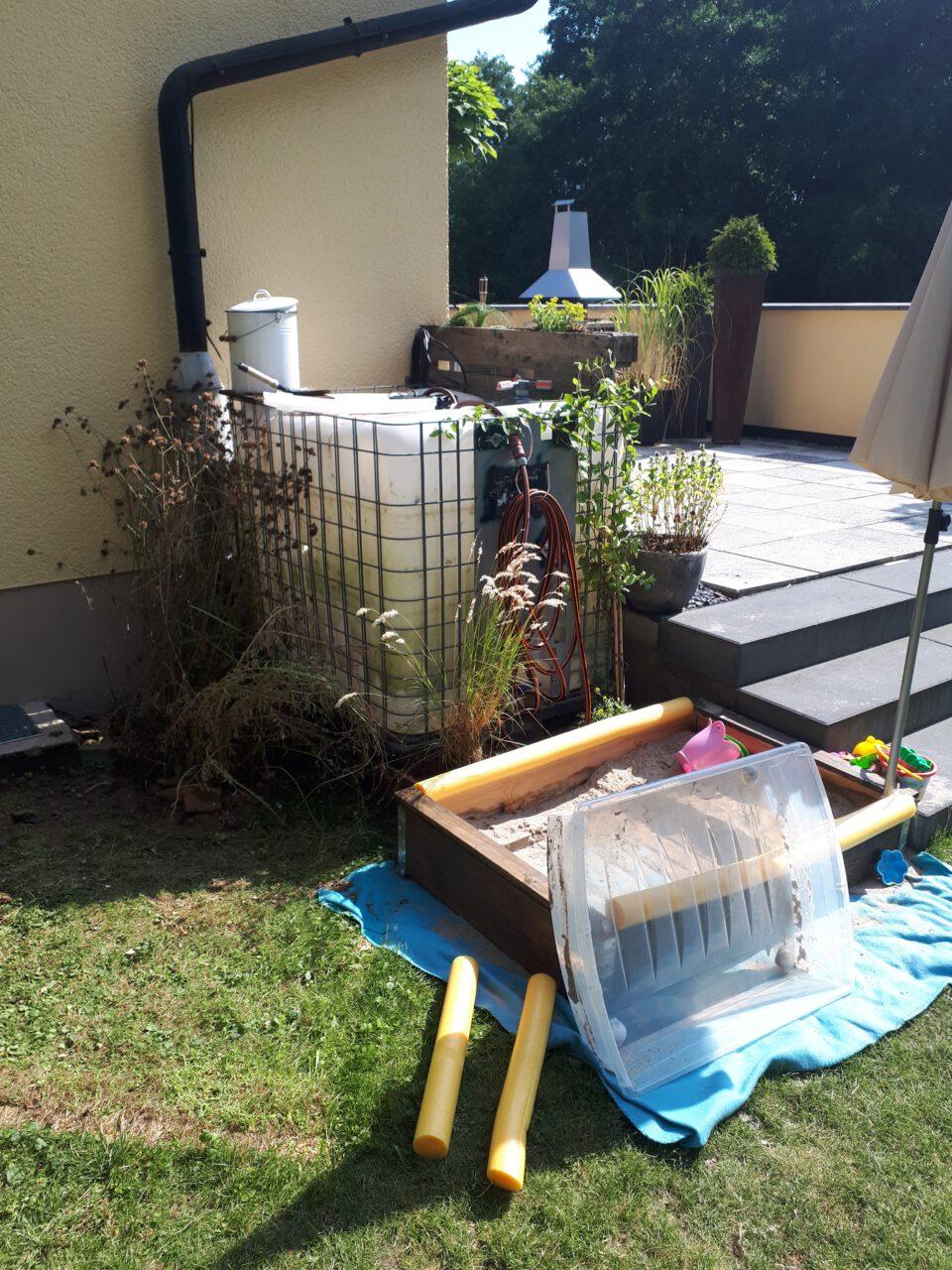 Der klitzekleine Protoyp lieferte die Idee um einen Gartenpool selbst zu bauen