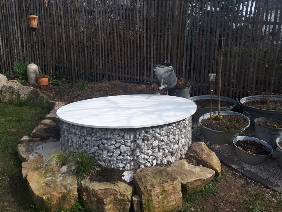 Die individuelle Lösung für den selbst gebauten Garten Whirlpool